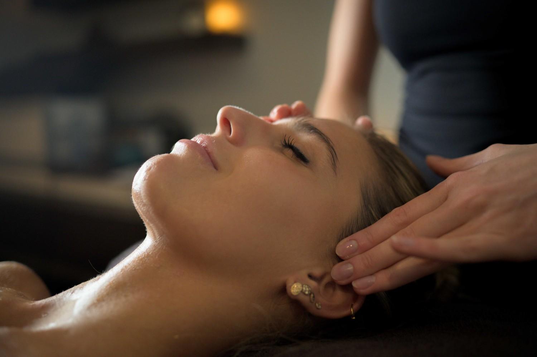 gelaatsverzorging sane thermen gezicht massage